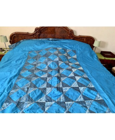 Super king size bedspread...
