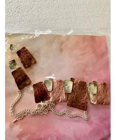 Costume jewellery- earrings...