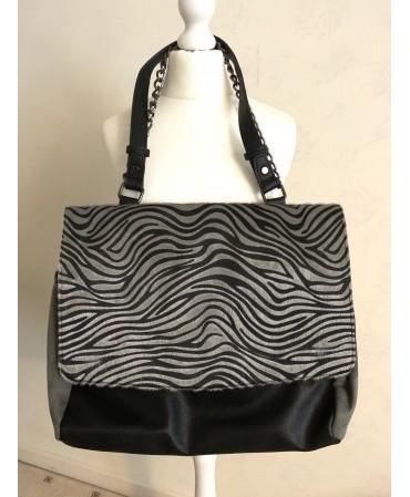 Ladies   leather/polymer bag